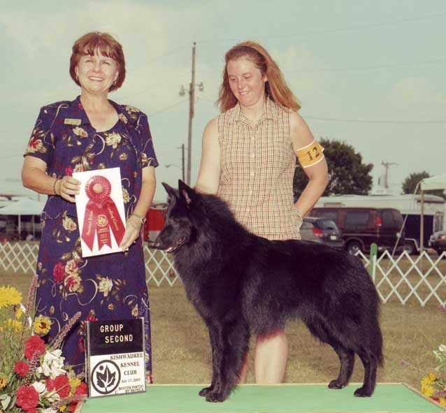 Me winning a Group 2 placement under Breeder Judge Linda Robey ^..^